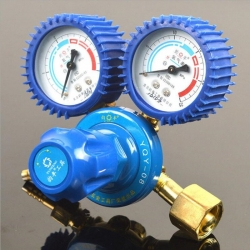 氧气瓶减压器